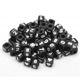 100 perles cubes noirs 6mm avec chiffres et signes dièse et coeurs blancs