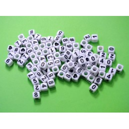 100 perles cubes blancs 6mm avec chiffres et motifs  noires