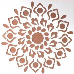 POCHOIR PLASTIQUE 20*20cm : motif fleur (13)