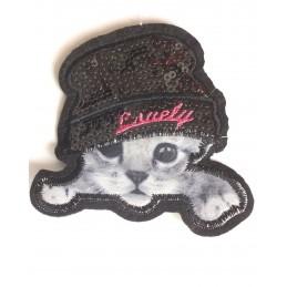 APPLIQUE TISSU THERMOCOLLANT : chat blanc/gris sous le chapeau 9*8cm