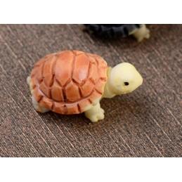 MINIATURE EN RESINE : tortue marron 2cm