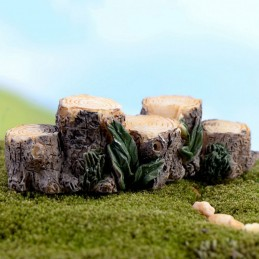 MINIATURE EN RESINE : bloc de troncs d'arbre/souche 6.7 x2.5cm