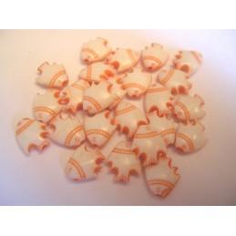 LOT DE 20 PERLES PLASTIQUES : poisson orange/blanc 8mm