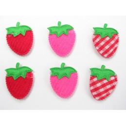LOT 6 APPLIQUES : fraise...