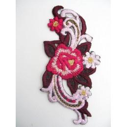 APPLIQUE TISSU THERMOCOLLANT : fleur grenat/rouge/blanche 110 x50mm
