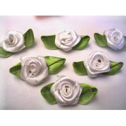 LOT 6 APPLIQUES TISSUS : rose blanche 13mm
