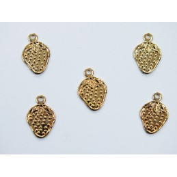 LOT 5 CHARMS METALS DORES : fraise 11 mm