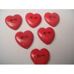 LOT 6 BOUTONS : coeur rouge 13mm