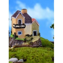 MINIATURE EN RESINE : maison campagne hauteur 7cm (n°014)