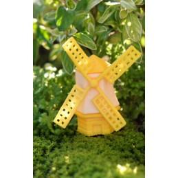 MINIATURE PLASTIQUE : moulin jaune/blanc hauteur 4cm