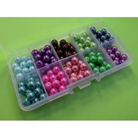 Boite à compartiments avec 200 perles 8mm -10 couleurs differentes (boite n° 10)