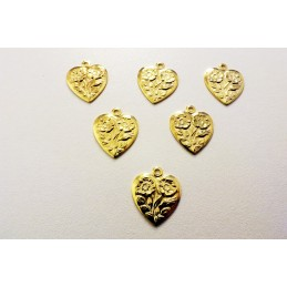 LOT  5 CHARMS METALS : coeur fantaisie 16mm