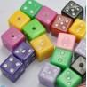 LOT 20 PERLES ACRYLIQUES : dés à jouer multicolore 7 mm