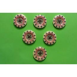 LOT 6 BOUTONS BOIS : rond motif fleur 25mm (11)