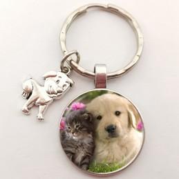 PORTE CLEF METAL ARGENTE : chien Labrador et chat gris 27 mm (02)