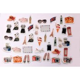 LOT DE 40 STICKERS  ( pack de 9 * 10 cm ): Thême : mes accessoires de voyages
